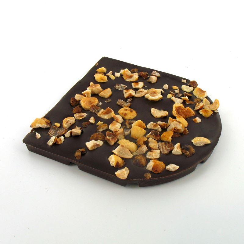 Tablette de chocolat noir gourmande aux noisettes for 1 tablette de chocolat